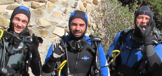 Esercitazioni di immersione a Torre delle Stelle: al centro, Simone Mingoia